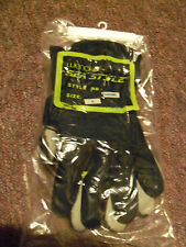 Wenoka Sea Style Water Gloves New in Package Size Small