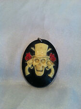 PRE-OWNED HANDCRAFTED RESIN CAMEO PENDANT SKULL WITH GUNS N ROSES PURPLE BLACK