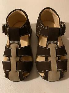 Sandals Stride Rite Brown/Taupe NEW Closed Toe  Little  Boys Size 7 M