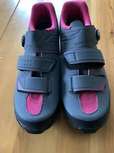 Pearl Izumi Womens Cycling Spin Mountain Bike Shoes Size 40 New Pink Gray US 8.5