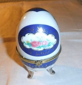 """VINTAGE COLLECTABLE CHINA EGG THAT OPEN INTO TRINKET BOX 4"""" BLUE MULTI WHITE"""