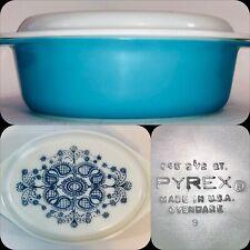 Vintage Pyrex 045 Horizon Blue Casserole Dish With Milk Glass Lid - 2 1/2 Qt