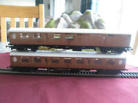 SET OF 2 LNER TEAK COACHES FOR FLYING SCOTSMAN 00 GAUGE