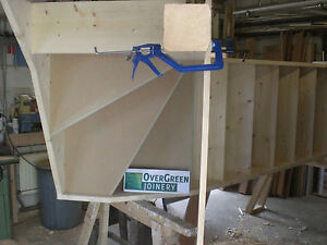 BESPOKE MADE TO MEASURE STAIRCASE Standard Single 3 Turn Kite Winder Staircase