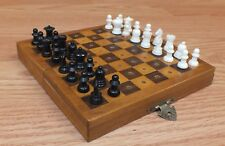 Unbranded / Generic 32 Plastic Piece Travel Chess Kit With Wooden Case **READ**