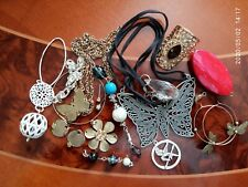 VINTAGE LOT VARIOUS PIECES COSTUME JEWELLERY TO WEAR OR FOR HARVEST-SOLD AS SEEN