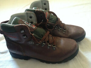 SALOMON CLIMA TEX HIKING TREKKING BOOTS 44 EU - 10.5 US - 9.5 UK