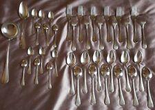 Félix Frères Ménagère métal argenté 38 pièces aspect mat Modèle Baguette Fidélio