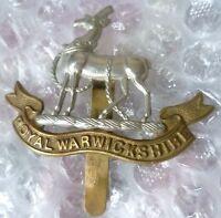 Badge - Royal Warwickshire Regiment Cap Badge maker JR GAUNT