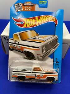 Hot Wheels  1983 Chevy Silverado Fram White  HW City
