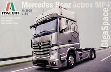 Mercedes Benz Actros MP4 GigaSpace Truck LKW 1:24 Model Kit Bausatz Italeri 3905
