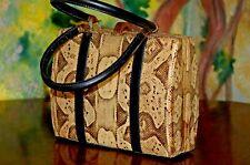 bella borsa vintage, piccolo bauletto lucertola (non so se vera)