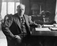 I10104 Winston Churchill color photo