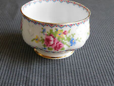 PORCELAINE ROYAL ALBERT PETIT SUCRIER SERVICE PETIT POINT