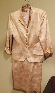CHRISTIAN DIOR SUIT WOMENS 2 PIECE SKIRT &  JACKET Sz  12 Gold Floral Silk Blend