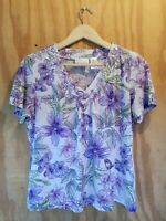 Alfred Dunner Women's Blouse Top Short Sleeve V-Neck Floral Print.Size S/P