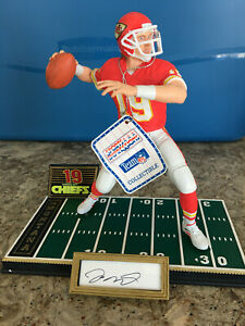 1994 Joe Montana Kansas City Chiefs Autographed Sports Impressions Statue #/1500