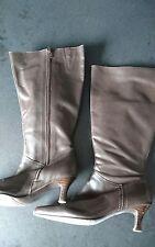 Brown knee high boots size 6 - kitten heel