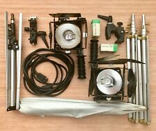 Lowel omni Kit 2 lights barndoors 3 stands 4 bulbs 1 superclamp 1 light clamp