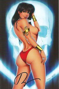 Vampirella Dark Powers 1 Ryan Kincaid Exclusive Virgin Variant Cvr Signed  VF/NM