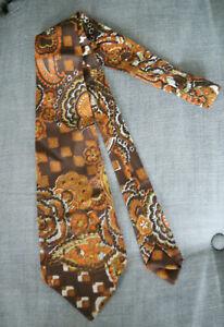 Vintage Psychedelic Wide Brown Orange brown Kipper Tie 1970s Floral