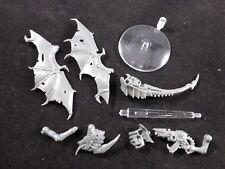 40K Tyranid Gargoyles : Complete Gargoyle Model (Unassembled) + Flying Base