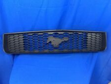 05'-09' Original Ford Mustang Front Grille  6R33 8200 AAW