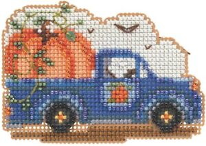 Mill Hill  Autumn Harvest Beaded Counted Cross Stitch Kit ~Pumpkin Delivery ~