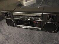 VINTAGE Panasonic RX-C37, AM FM Tuner Boombox Read Description