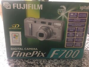 Fujifilm FinePix F Series F700 6.2MP Digital Camera - Silver