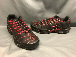 Nike Men's Air Max Plus Running Sneakers Mesh Black University Red Size 9.5 NWOB