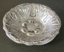 RWP Wilton Armetale Large Acanthus Sunflower Salad Fruit Serving Bowl EUC