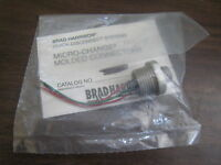 "New Woodhead Brad Harrison 7R3004A19A030 3P 3"" Micro Change Molded Connector"