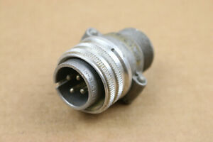Amphenol 4 pin Male Vintage Circular Connector Plug Recessed Screw-On Radio USA