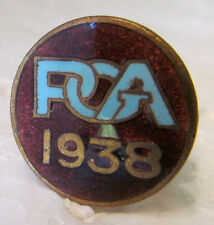 VERY UNUSUAL ENAMELED BRONZE BUTTON CLIP   1938 PGA  GREAT CONDITION