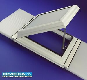 Conservatory Roof Vent Bar to Bar - Glazed with 25mm Polycarbonate