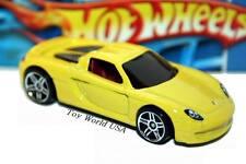 2009 Hot Wheels #155 Dream Garage Porsche Carrera GT yellow
