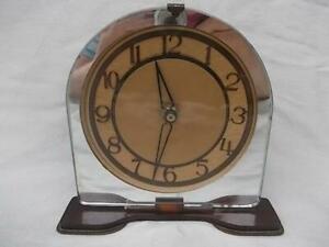 M660 / 1930s ART DECO MIRROR GLASS AND BRONZE COLOUR METAL MANTEL CLOCK