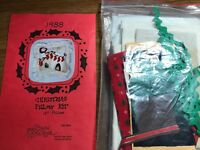 "Vtg NIP Christmas Pillow Kit Pattern Instructions Fabric14"" stockings fireplace"