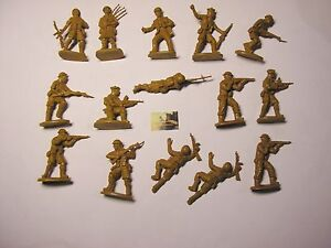 Soldatini Toy Soldiers Matchbox British Ref. P6002 del 1983 plastica scala 1:32