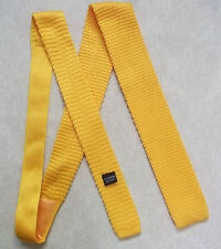 NEW GOLDEN YELLOW KNITTED CROCHET FLAT END TIE RETRO MOD STYLE JACOB ALEXANDER