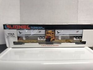 Lionel Chicago & Northwestern (CNW) TTUX Flat Car Set 6-16334
