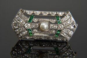 k47v19- 585er/ 14kt Weißgold Art Deco Brosche m. Diamanten zus. ca. 3,20ct.