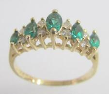 14K YELLOW GOLD SYNTHETIC EMERALD & CZ CUBIC ZIRCONIA LADIES BAND RING SIZE 8.5