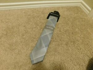 Brand new Van Heusen Charcoal Gray men's tie