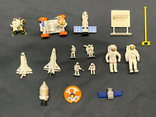Daron Realtoy Space Mission 16 Piece NASA Kennedy Space Center Play Set