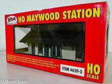 Atlas HO #620-3 Maywood Sation