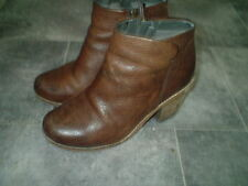 size 6 CLARKS BROWN LEATHER ANKLE BOOTS WITH CHUNKY HEELS