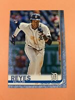 2019 Topps Series 2 Victor Reyes Father's Day Blue SP RC #'d /50 🔥🔥 Tigers