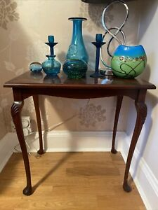 Small Vintage Mahogany Side Lamp Table Sturdy Cabriole Legs